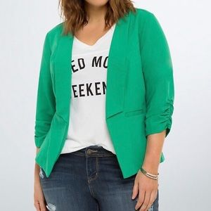 Torrid Kelly Green Ruched  Sleeve Blazer,  Size 4X